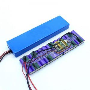 Cena fabryczna Dostosowana bateria 18650 36 V Akumulator litowo-jonowy 36 V.